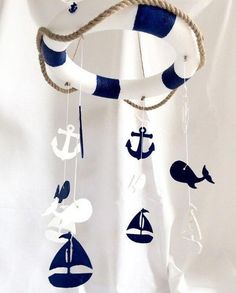 Ahoi Baby Mobile by TheYellophant on Etsy 55 € The perfect accessory for your sweet baby room. Baby Boy Rooms, Baby Boy Nurseries, Baby Cribs, Cool Baby, Fantastic Baby, Baby Shower Themes, Baby Boy Shower, Shower Ideas, Deco Theme Marin