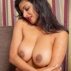 Boys sex with desi aunties