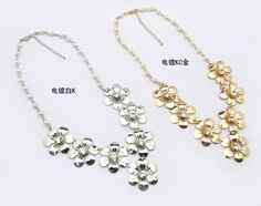 Enchanting White Gold Plated Crystal Flower Shaped Pendant Necklaces