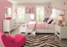 I can see my daughter in this room, love it. The kind of room a 8 year old could grow into.