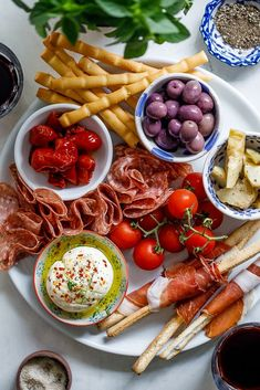 Antipasto platter for easy entertaining and easy to make gluten free or low carb. #italian #appetizer #summer #easyrecipe