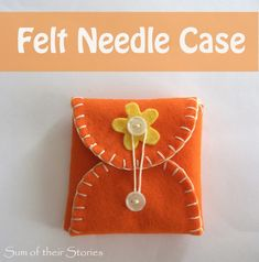 Sewing Cushions How to make an easy felt needle case--This would be a great first sewing project for kids! - How to make a simple felt needle case Needle Case, Needle Book, Sewing Hacks, Sewing Crafts, Sewing Kits, Sewing Tutorials, First Sewing Projects, Diy Projects, Felt Projects