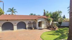 Video Tour 4 Bedroom House for sale in Birchleigh North Private Property, Property For Sale, Kempton Park, 4 Bedroom House, Tours, Explore, Mansions, House Styles, Home Decor