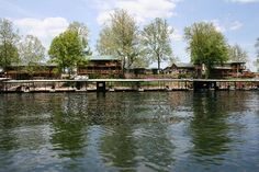 Lilley's Landing Resort at Lake Taneycomo in Brason MO