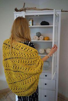 Crochet Cardigan pattern PDF - Inmost Cardigan - crochet jacket pattern in English - Black Crochet Dress, Knit Crochet, Chunky Crochet, Crochet Blouse, Crochet Baby, Crochet Jacket Pattern, Stitch Braids, Yarn Brands, Crochet Clothes