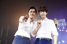 Siwon and Kyuhyun // SS6 in Macau