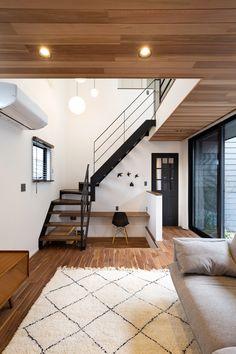 Surprise Vibes - New Ideas Loft Interior Design, Japanese Interior Design, Room Interior, Narrow House Plans, Loft Interiors, Box Houses, Minimalist Room, Hall Design, Village House Design