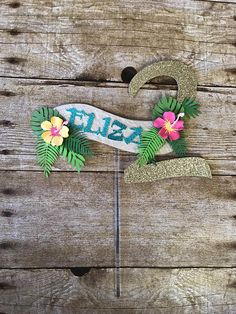 This beautiful moana cake topper will be the perfect finish touch to any moana them birthday cake. Picture above is a sample of a cake topper created for a customer. Name can be customized. Keep in mind that this is a customized item, the measurements might vary depending on the name of Second Birthday Ideas, Girl 2nd Birthday, Hawaiian Birthday, Luau Birthday, 6th Birthday Parties, Moana Disney, Moana Theme Birthday, Aaliyah Birthday, Moana Bebe
