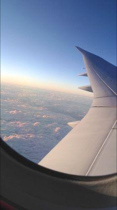 Trip to Hawaii last year - Travel Photography Airplane Photography, Tumblr Photography, Travel Photography, Iphone Photography, Airplane Window, Airplane View, Travel Pictures, Travel Photos, Voyage Hawaii