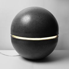 Xirel Segard's Galalux Lamp is a floating sphere of concrete lux and a creative approach to illumination. Made from concrete and available in two va...