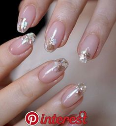 Discover cute and easy nail art designs for all occasions. Find inspiration for Easter, Halloween and Christmas and create your next nail art design. Gradient Nails, Holographic Nails, Acrylic Nails, Stiletto Nails, Coffin Nails, Coffin Acrylics, Galaxy Nails, Nail Art Designs, Short Nail Designs