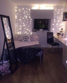 Bedroom decor teen, rustic teen bedroom, bedroom decor for teen gir Rustic Teen Bedroom, Room Ideas Bedroom, Bedroom Vintage, Modern Bedroom, Bedroom Decor, Bedroom Lighting, Bedroom Plants, Contemporary Bedroom, Design Bedroom
