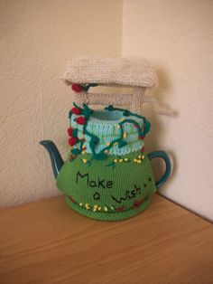 Knitted Tea Cozy Cosie Wishing Well with Roses Shabby Chic