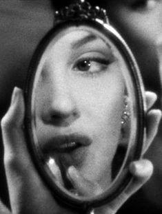 Marilyn Monroe em ' Os Meus Lábios Queimam',(Don't Bother to Knock),1952