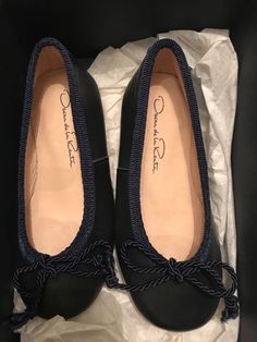 d58fc9c9f596 Extra Off Coupon So Cheap Oscar de la Renta Navy Sabrina flats toddler size  24 EU. Loida Fogarty · Girls' Shoes