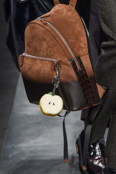 Fendi Fall-Winter 2015. Alligator tail as zipper end - awesome.