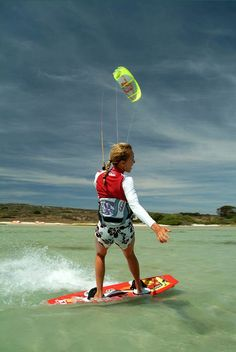 Love the life on a kiteboard #kitesurfing http://www.blueprinteyewear.com/