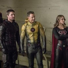 #reverseflash is back as dark #flash with dark #arrow and #overgirl #supergirl this is going to be a great cross over with #theray #melissabenoist #stephenamell