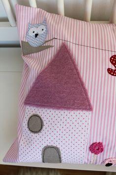 Kissen - Kuschelkissen 'Kleine Welt' mit Name - ein Designerstück von milla-louise bei DaWanda