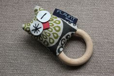 Baby Owlet in Olive / Green - Teething Ring