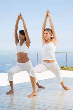 What is your perception of teaching Yoga sessions for sports teams and athletes? Below is a question and answer session concerning teaching Hatha Yoga or Vinyasa Yoga to a football team as a form of cross training and for rehab. Yoga Information, Yoga Certification, Yoga Teacher Training Course, Vinyasa Yoga, Yoga Meditation, Cross Training, Yoga Fitness, Yoga Poses, Teaching