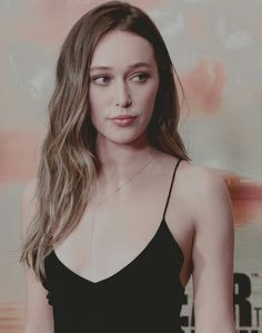 Alycia Debnam-Carey source all-the-good-things-here-b tumblr