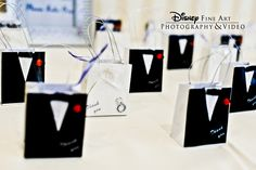 Adorable bride and groom favor boxes #wedding #favor #boxes
