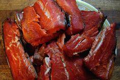 Salată de pește afumat (cu cartofi) Romanian Food, Fish Recipes, Pork, Travel, Canning, Salads, Kale Stir Fry, Viajes, Pigs