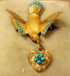 Another Victorian turquoise bird brooch from I had recently posted a couple more similar, and here is one more … Feather Jewelry, Bird Jewelry, Animal Jewelry, Jewelery, Antique Jewelry, Vintage Jewelry, Teal And Gold, Diamond Are A Girls Best Friend, Turquoise Jewelry