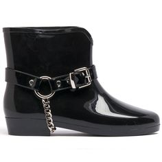 KARSON- The chain can be removed and it has a heel height of Black Ankle Boots, Black Shoes, Wet Weather, Cropped Pants, Pretty Dresses, Fashion Shoes, Shoe Boots, Footwear, Pairs