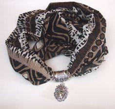 http://latelierdiclara.wordpress.com/2014/01/28/foulard-gioiello-11/