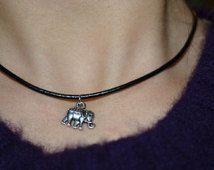 Cute Choker Necklaces, Black Choker Necklace, Bohemian Necklace, Leather Necklace, Bohemian Jewelry, Unique Jewelry, 90s Fashion Grunge, Elephant, Chokers