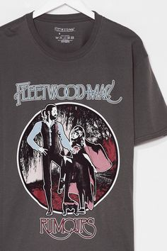 Vintage Rock Tees, Vintage Tee Shirts, Vintage Graphic Tees, Fleetwood Mac Shirt, 90s Shirts, Tour T Shirts, Retro Outfits, Throwback Outfits, Grunge Outfits