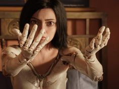 The first trailer for Robert Rodriguez's Alita: Battle Angel falls squarely into the uncanny valley New Trailers, Movie Trailers, Manga, Angel Movie, Battle Angel Alita, Christoph Waltz, Cinema, James Cameron, The Uncanny