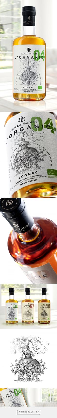 Cognac Jean-Luc Pasquet - L'Organic - Packaging of the World - Creative Package Design Gallery - http://www.packagingoftheworld.com/2017/09/cognac-jean-luc-pasquet-lorganic.html