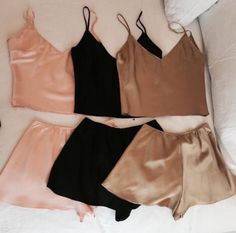Buy Sexy Women Pajamas Mini Tank Crop Tops Shorts Set Sleepwear Nightwear at Wish - Shopping Made Fun Lingerie Design, Fashion Design Inspiration, Pijamas Women, Mode Ootd, Short Beach Dresses, Summer Dresses, Mode Style, Latest Fashion For Women, Fashion Women