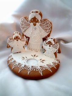 Nessun cinese o arte dai negozi: 26 idee per Pan di zenzero Avvento . Angel Cookies, Sugar Cookies, Christmas Cookies, Christmas Gingerbread, Gingerbread Cookies, Advent, Vanilla Recipes, Vintage Cookies, Royal Icing Cookies
