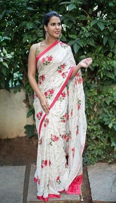 1 new message Buy Designer Sarees Online, Designer Silk Sarees, Soft Silk Sarees, Cotton Saree, Crepe Saree, Indian Wedding Outfits, Indian Outfits, Indian Clothes, Diwali Dresses