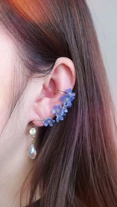 Ear Jewelry, Resin Jewelry, Cute Jewelry, Wire Wrapped Jewelry, Jewelry Crafts, Beaded Jewelry, Jewelry Making, Wire Jewelry Designs, Handmade Wire Jewelry