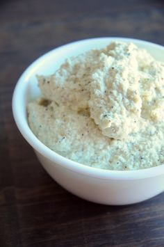 How to Make Vegan Ricotta Cheese ~ This cheese spreads on lasagna very well, but – it's not just for lasagna! Use this ricotta as a dip, spread on crackers, or even add a dollop to your salad. It's very versatile. Any way you choose to eat it, this cheese is incredible!