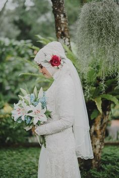 Pernikahan dengan Suasana Alam ala Wewa dan Ojel - WewaOjel_by_rifanwahyudi 0008 Bridal Hijab, Hijab Bride, Wedding Hijab, Indian Muslim Bride, Muslim Brides, Wedding Themes, Wedding Designs, Wedding Styles, Wedding Ideas