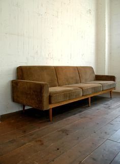 TRUCK Furniture / TORCH SOFA 3-SEATER FABRIC ARM TYPE