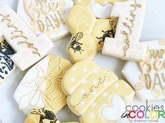 Happy BEE-day! 🐝🍯 Loving the modern vibes mamas are choosing lately. My Sister In Law, Birthday Cookies, Bee, Photo And Video, Happy, Modern, Color, Instagram, Trendy Tree