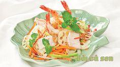 Cách làm món gỏi củ sen tôm thịt ngon hấp dẫn - http://congthucmonngon.com/16060/cach-lam-mon-goi-cu-sen-ngon-hap-dan.html