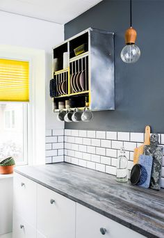 Kitchen Dining, Kitchen Cabinets, Colour Architecture, Kitchen Paint Colors, Mid Century Style, Grey Yellow, Modern Industrial, Modern Design, New Homes