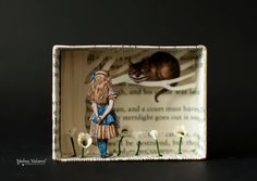 diorama ideas Matchbox Art - Diorama - We Are All Mad Here - Alice in Wonderland A little work of art in a matchbox. in depth It is pr Shadow Box Kunst, Shadow Box Art, Matchbox Crafts, Matchbox Art, Altered Tins, Altered Art, Tin Art, Were All Mad Here, Assemblage Art
