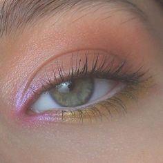 makeup for dark skin makeup hacks with eyeshadow only do eyeshadow makeup makeup organizer makeup peach makeup for ever makeup names Makeup Hacks, Makeup Goals, Makeup Inspo, Makeup Art, Makeup Tutorials, Makeup Ideas, Indie Makeup, Eyeliner Hacks, Makeup Designs