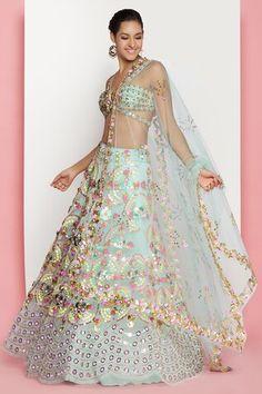 Raw Silk Lehenga, Green Lehenga, Indian Attire, Indian Outfits, Indian Wear, Peach Saree, Indian Couture, Groom Dress, Dress Me Up