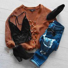 Lyla lace up sweater camel