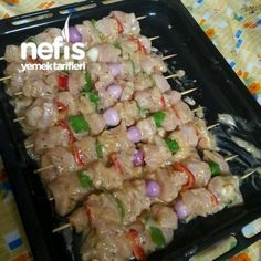 Baked Soft Chicken Shish Skewers (With Special Sauce) - Fleisch Yummy Recipes, Meat Recipes, Chicken Recipes, Dinner Recipes, Cooking Recipes, Yummy Food, Healthy Recipes, Sauce For Chicken, Baked Chicken